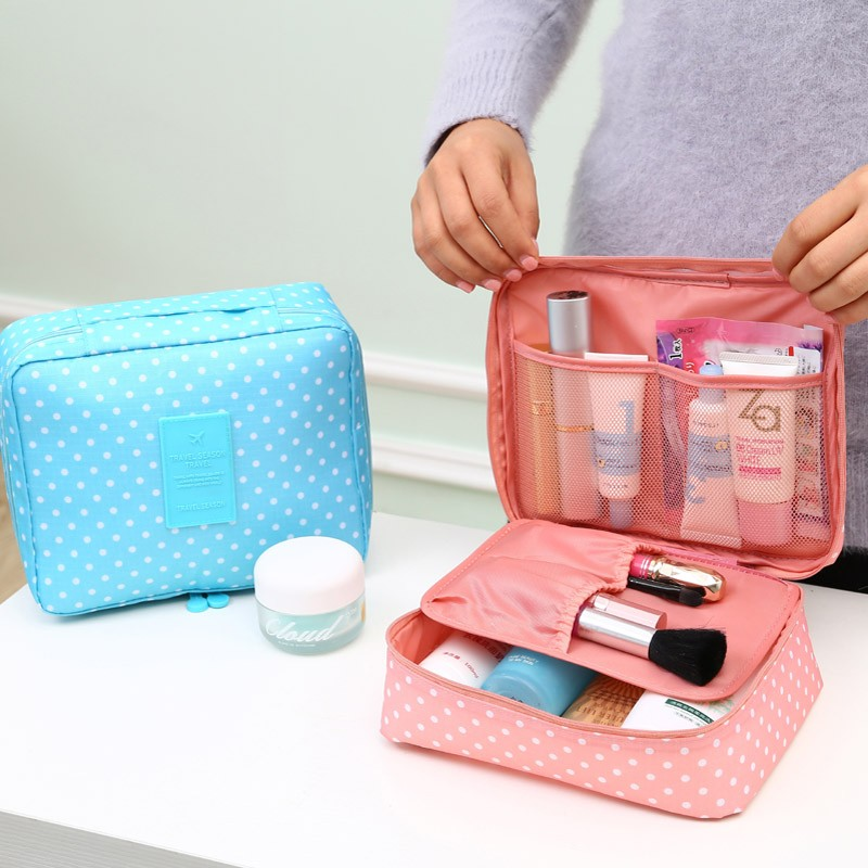 portable-toiletry-cosmetic-makeup-waterp